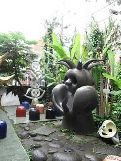 09_garden.jpg