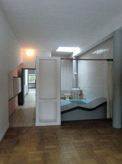 14_room.jpg
